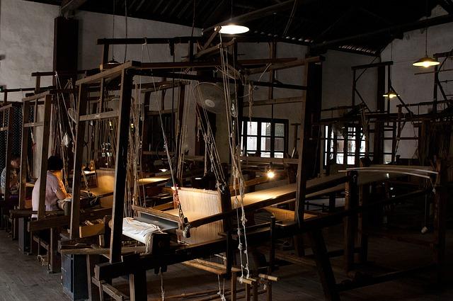 tkací dílna, stroje