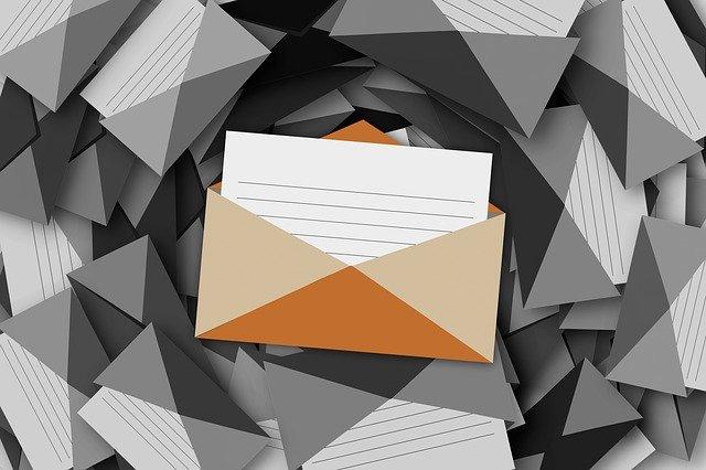 obálky s dopisy