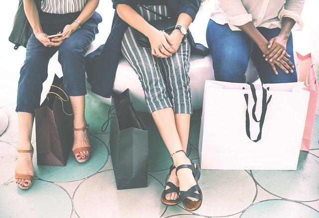 nákupy