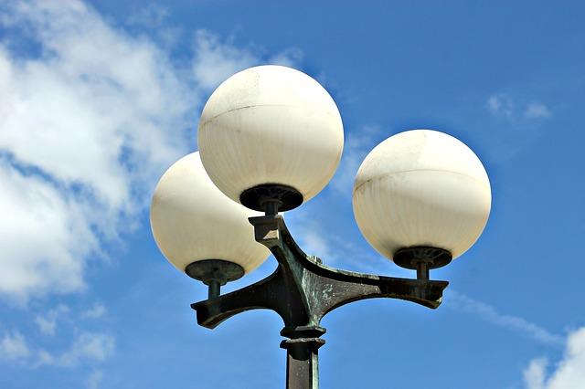 veřejná lampa.jpg